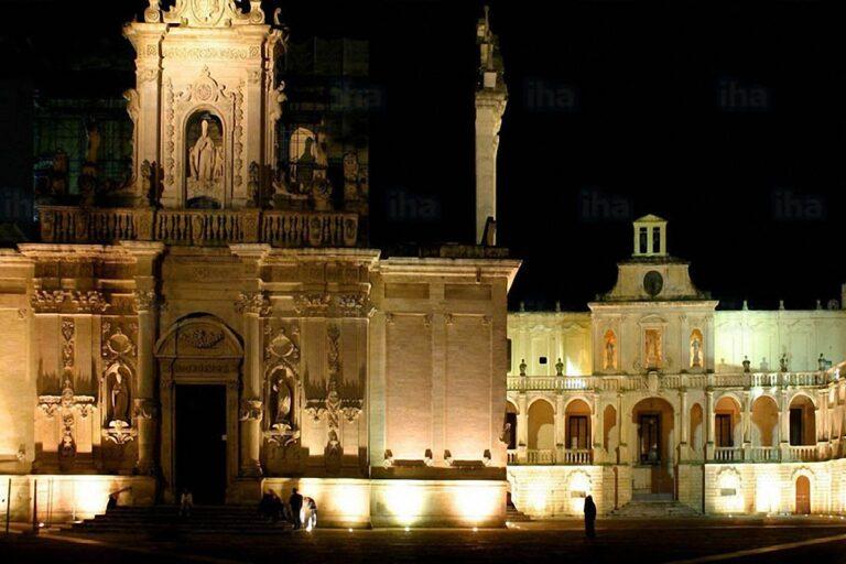 Lecce Piazza Duomo